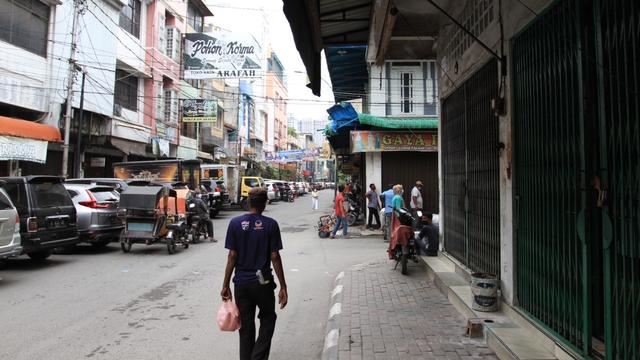 Cerita Pedagang Kain di Medan Diimbau Tutup karena PPKM: Kami Mau Makan Apa? (246064)