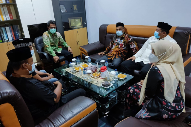 Sambut Jenazah Septia Ulfa Lestari, Istri Gubernur: Masyarakat Aceh Berduka (243273)