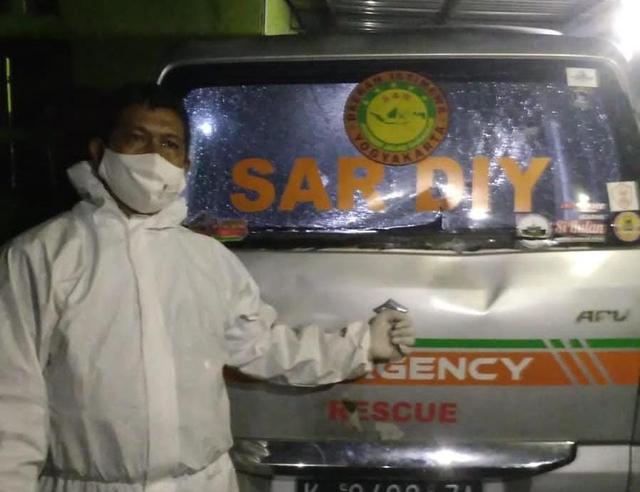 Mobil Ambulans Milik SAR DIY Dirusak Pengendara Sepeda Motor saat Bawa Pasien (285212)