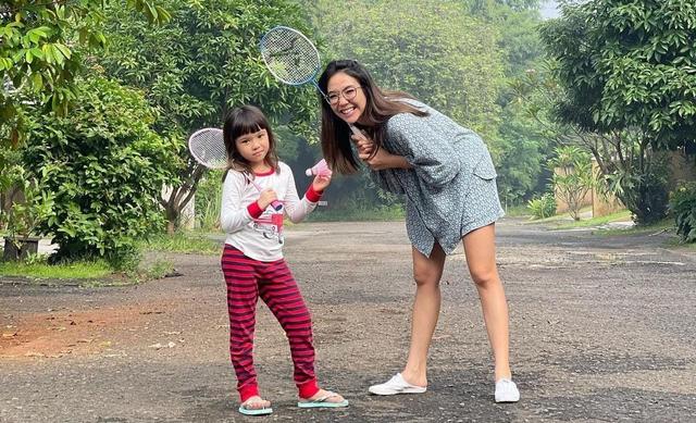 Dijuluki Hot Moms, 9 Selebriti Tanah Air Ini Tetap Awet Muda  (34636)