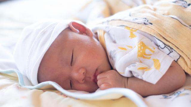 Amankah Bila Bayi 1 Bulan Tidur Tengkurap? (317682)
