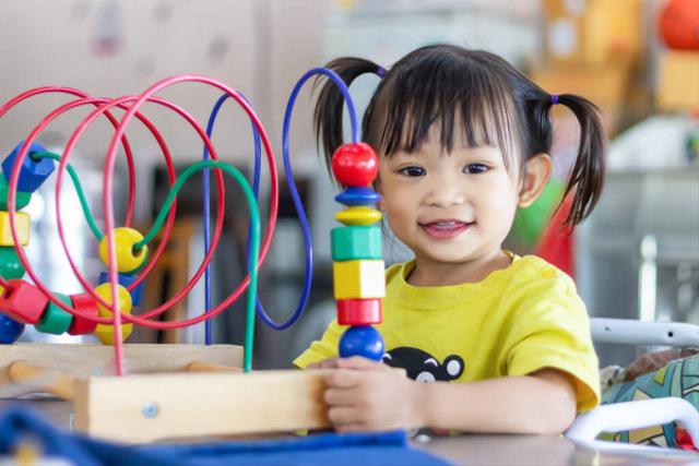 Mainan Anak 2 Tahun, Bikin Belajar Jadi Menyenangkan  (1010538)
