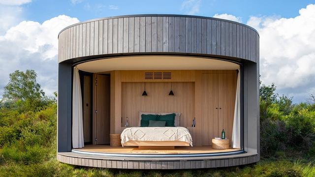 Airbnb Luncurkan Rumah Mini yang Dikelilingi Gunung Berapi di Prancis, Mau Coba? (732395)