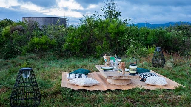 Airbnb Luncurkan Rumah Mini yang Dikelilingi Gunung Berapi di Prancis, Mau Coba? (732396)