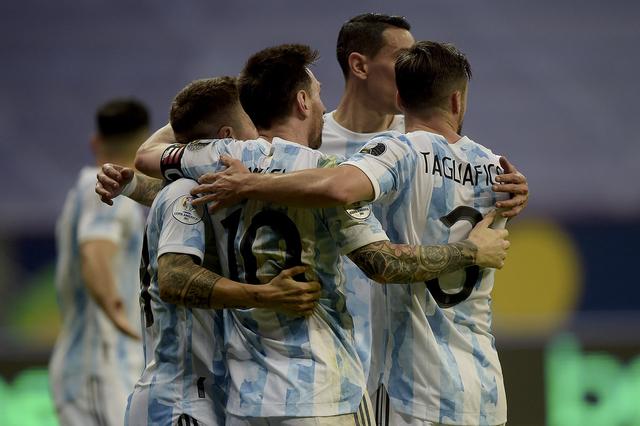Usai Euro dan Copa America, Timnas Italia Akan Menghadapi Timnas Argentina? (750354)
