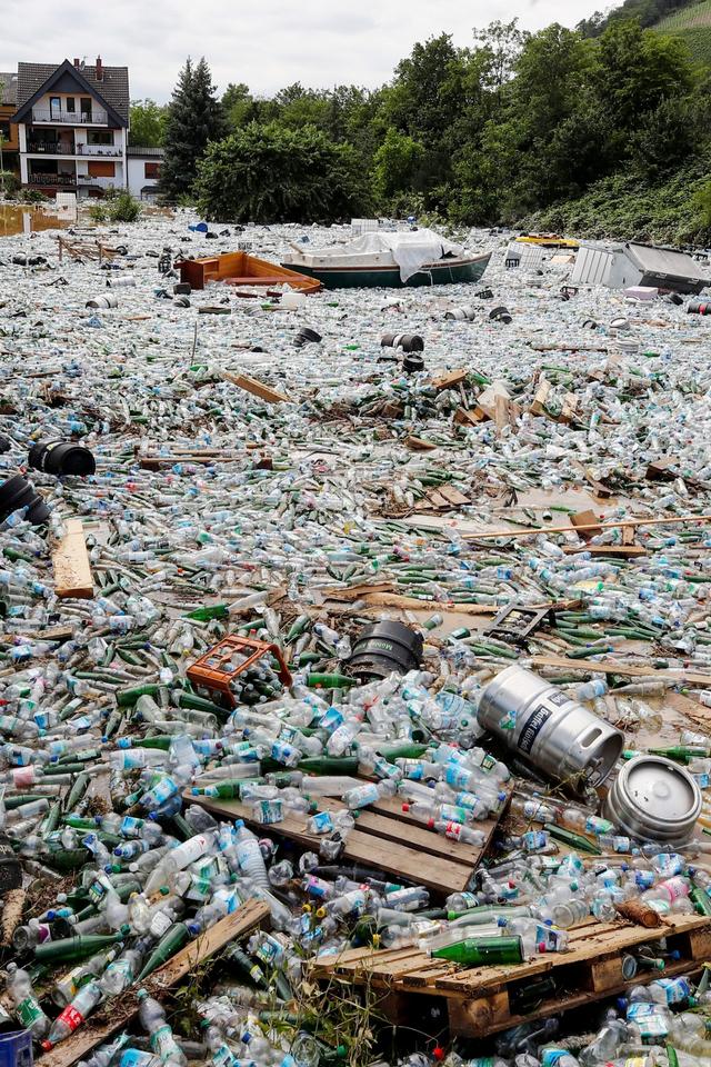 Foto: Tumpukan Sampah Usai Banjir Besar yang Melanda di Jerman (141981)