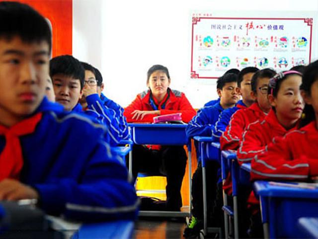 Fakta Zhang Ziyu, Gadis 14 Tahun yang Viral karena Tingginya Lebih dari 2 Meter (30342)