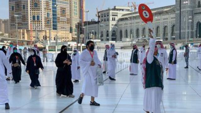Jemaah Haji 2021 Mulai Berdatangan ke Masjidil Haram, Begini Suasananya (274940)