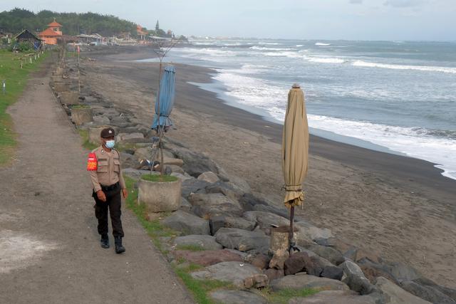 Koster soal Bali Kini PPKM Level 3: Tak Boleh Euforia, Waspada Varian Mu (107892)