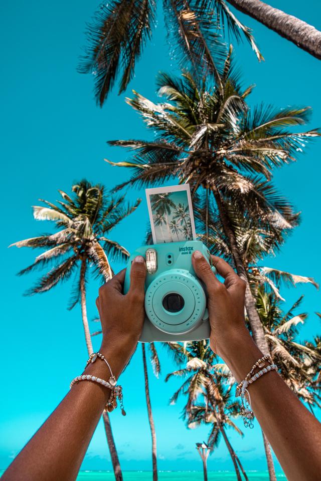 Tips Fotografi: Mengulik Sejarah Polaroid, Kamera Instan yang Masih Jadi Tren (59610)