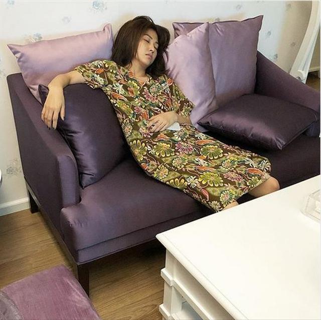 Momen 7 Seleb Memotret Istrinya Saat Tidur, Jahil tapi So Sweet (262730)