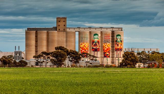 Seni Mural di Lumbung Pertanian? Yuk, Ikut 3 Hari Road Trip di Australia Barat! (148651)