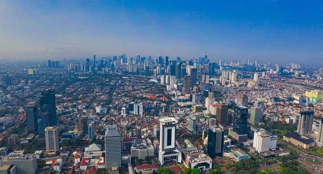 Citra Satelit Pantau Urban Jakarta dan sekitarnya; Potret Tantangan PPKM Darurat (67101)