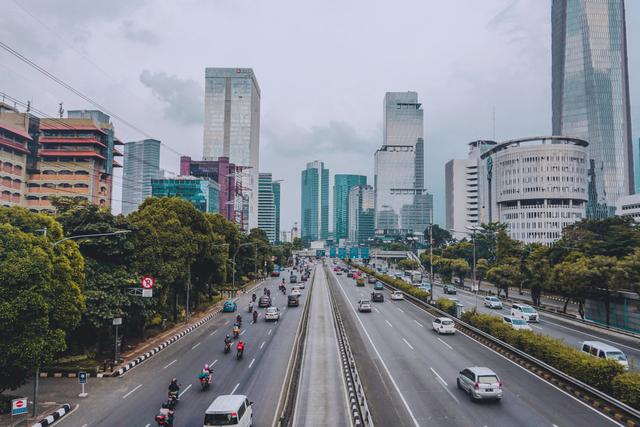 Citra Satelit Pantau Urban Jakarta dan sekitarnya; Potret Tantangan PPKM Darurat (67102)