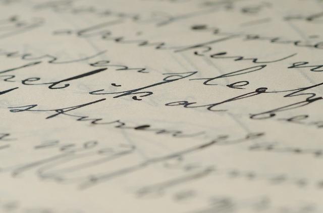 Tata Cara Penulisan Gelar yang Benar Menurut PUEBI (95024)