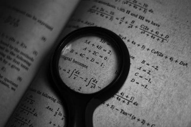 Rumus Lengkap dan Cara Menghitung Volume Prisma (359142)