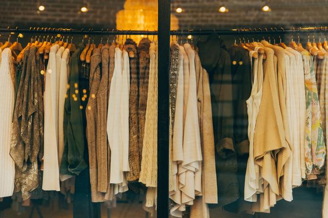 Doa Memakai Pakaian Baru, Bentuk Syukur dan Memohon Dijauhkan dari Keburukan (30613)