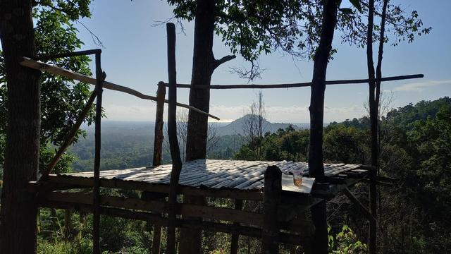 Nikmati Panorama Alam di Atas Bukit Pinteir di Bangka Tengah (148476)