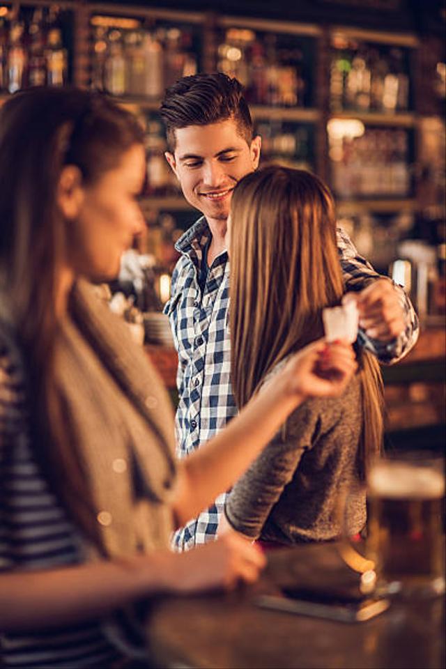Curiga Pasanganmu Selingkuh? Lakukan 5 Hal Ini untuk Mengetahuinya  (38702)