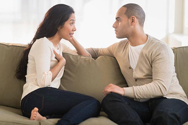 Curiga Pasanganmu Selingkuh? Lakukan 5 Hal Ini untuk Mengetahuinya  (38705)