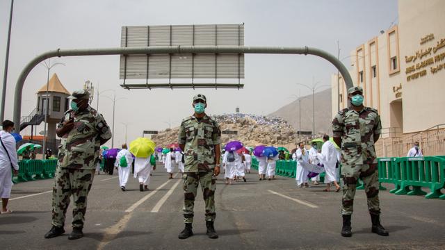 Suasana Emosional Jemaah Haji 2021 Saat Wukuf di Arafah (506169)