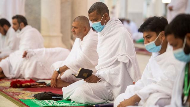 Suasana Emosional Jemaah Haji 2021 Saat Wukuf di Arafah (506161)
