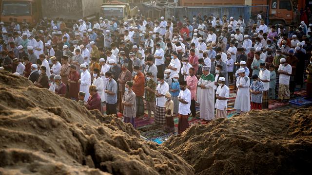 Jubir Luhut Kecewa Masih Ada Kerumunan saat Idul Adha: Imbauan Menag Diabaikan (43762)