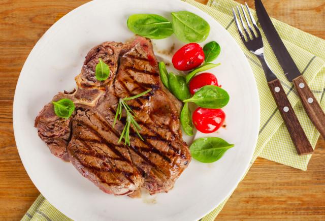 5 Tips Menyantap Olahan Daging agar Tubuh Tetap Sehat (89961)