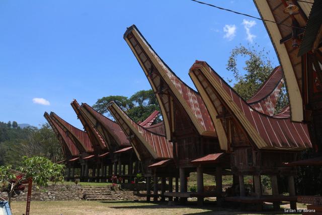 Rumah Adat Sulawesi Selatan: Tongkonan Si Hunian Khas Kebanggaan (55458)