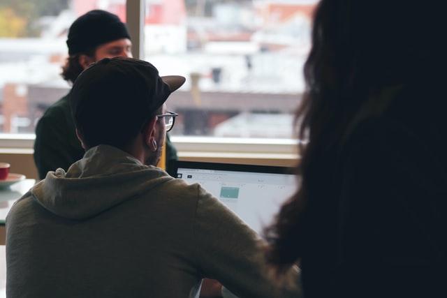 Bootstrap: Pengertian, Komponen, dan Fungsinya (33601)
