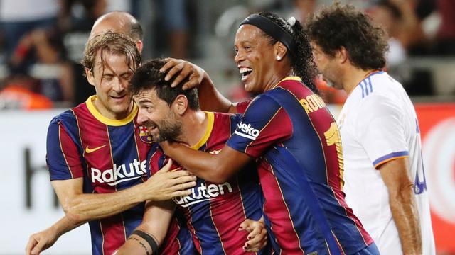 Foto: Laga Reuni Legenda Real Madrid dan Barcelona di Israel (24684)