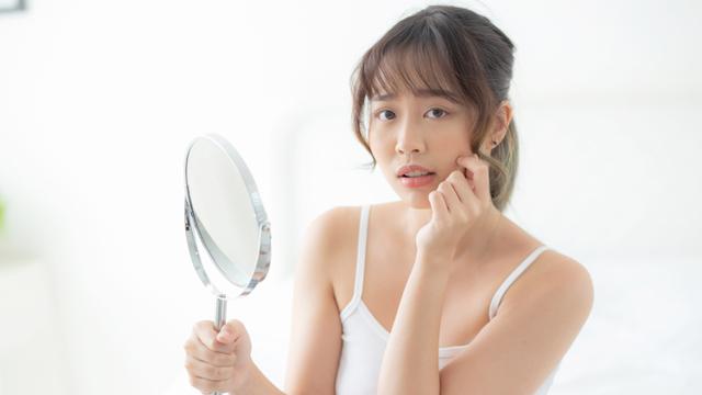 5 Tanda Skin Barrier Rusak, Salah Satunya Kulit Jadi Kering & Sensitif (97083)