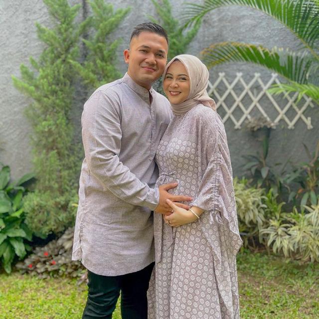 9 Seleb yang Rayakan Idul Adha Pertama Bersama Pasangan di Tahun 2021 (86872)