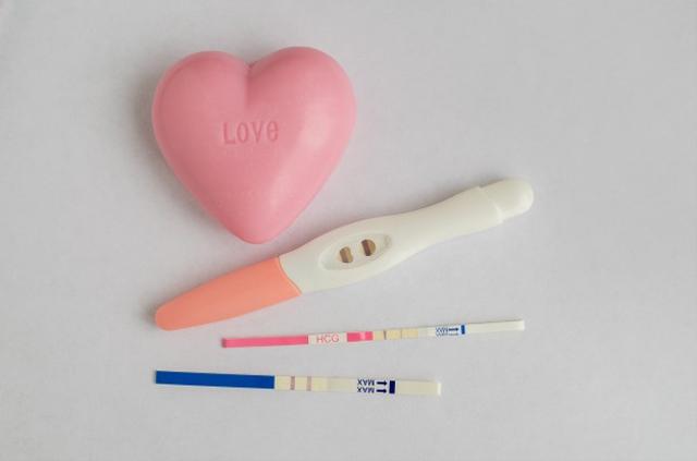 Cara Mengetahui Kehamilan, Pakai Test Pack hingga Pakai Gula Garam (145006)