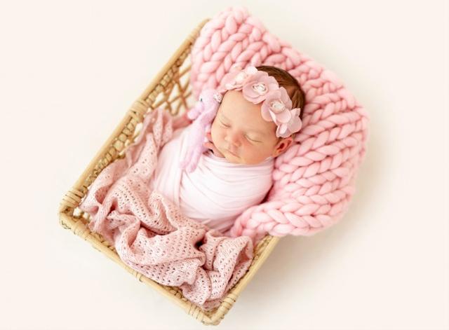 40 Nama Bayi Perempuan Aesthetic, Indah Diucapkan Begitu Pula Maknanya! (57833)