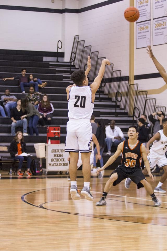 Teknik Shooting dalam Bola Basket, Apa Saja Jenisnya? (47584)