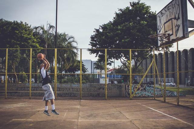 Teknik Shooting dalam Bola Basket, Apa Saja Jenisnya? (47583)