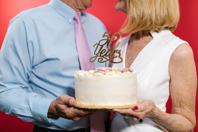Ucapan Anniversary Pernikahan, Saking Lucu dan Unik Bakal Bikin Ngakak (488486)