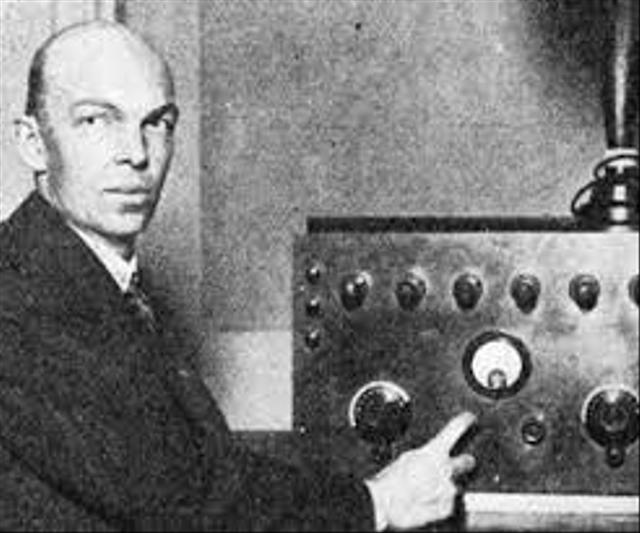 Menilik Sejarah Penemuan Radio di Dunia (166716)