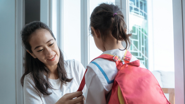 5 Hal yang Perlu Orang Tua Perhatikan Jika Anak Sudah Mulai PTM (1223058)