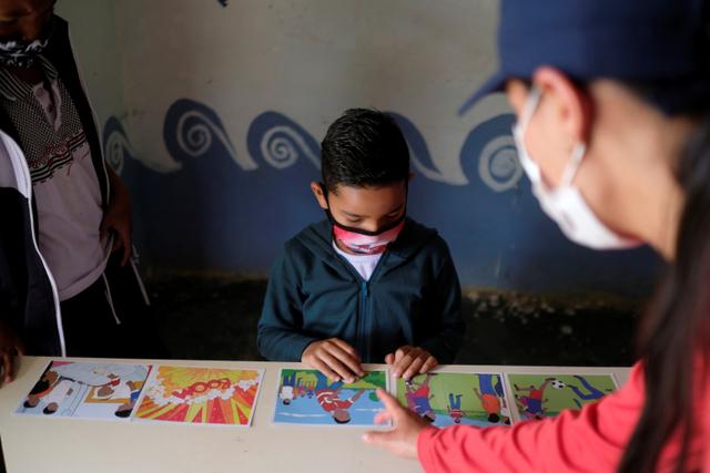 Foto: Anak-anak di Kolombia Belajar Identifikasi Ranjau Darat (1038019)