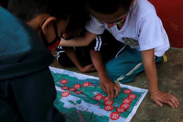 Foto: Anak-anak di Kolombia Belajar Identifikasi Ranjau Darat (1038018)