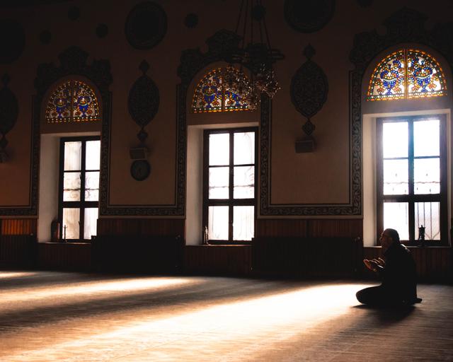 Doa Setelah Iqomah dan Adab Ketika Mendengarkannya (153760)