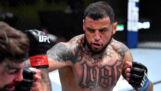 Petarung UFC Ini Klaim Tak Terkalahkan dalam 200 Duel di Penjara & Jalanan (28701)