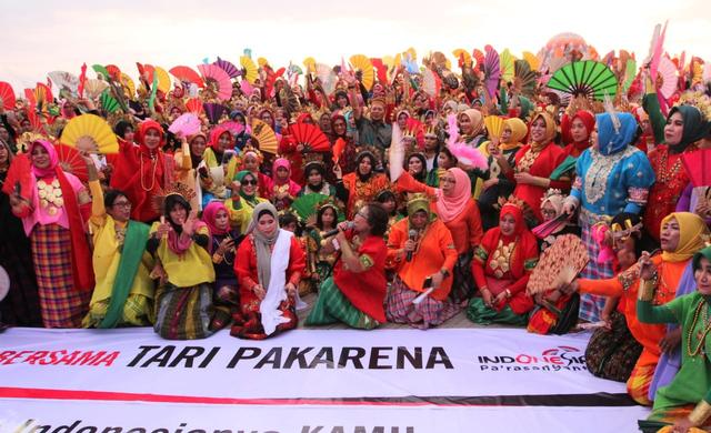 Gerakan Tari Kipas Pakarena, Simbol Kelembutan Perempuan Sulawesi Selatan (38454)