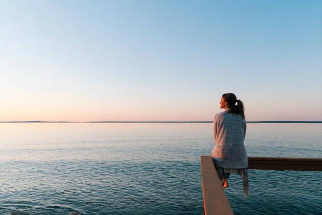 Mengapa Seseorang Kadang Terlintas Pikiran untuk Mencelakai Diri Sendiri? (50069)