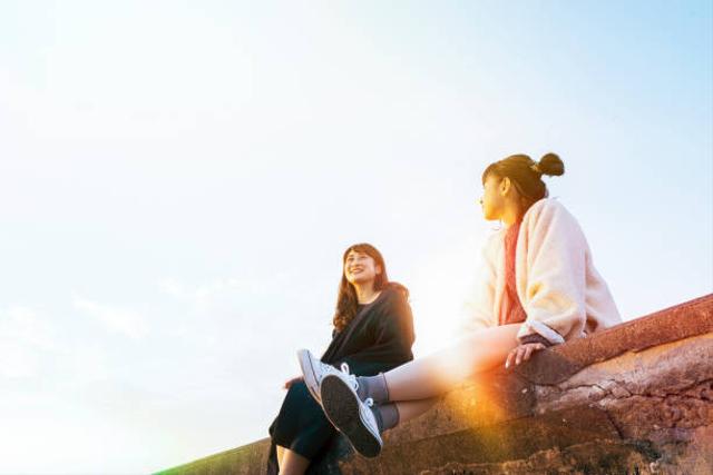 Mengapa Seseorang Kadang Terlintas Pikiran untuk Mencelakai Diri Sendiri? (50070)