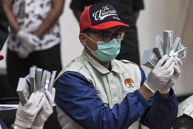 Dampak Nepotisme pada Pertumbuhan Ekonomi Indonesia (228660)