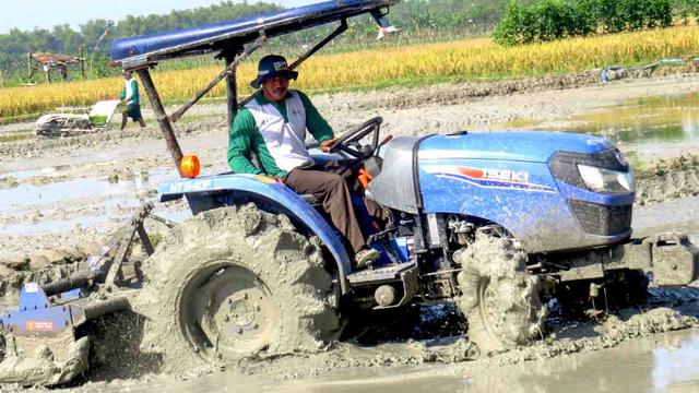 Petani Manggarai Barat Manfaatkan Alsintan untuk Tingkatkan Produksi (298175)