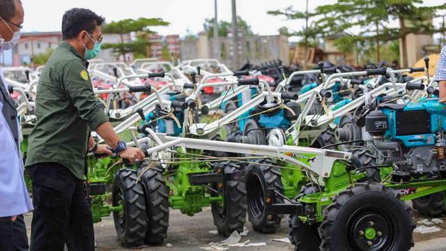 Petani Manggarai Barat Manfaatkan Alsintan untuk Tingkatkan Produksi (298177)